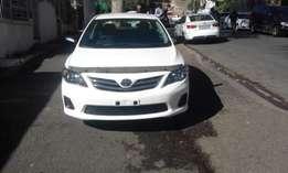2013 model Toyota corolla profesional quest 1.6 white in color 85000k