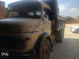 Truck for sale tipper 1413