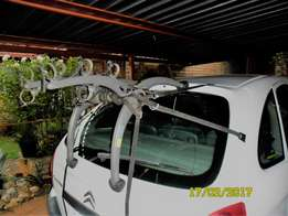 Bicycle carrier - universal