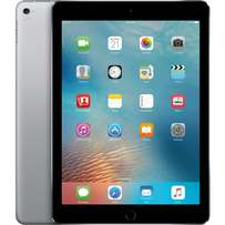 "Brand new sealed iPad pro 9.7"" with one year warrant at shop free glas"