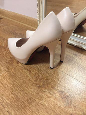 Жіночі туфлі  450 грн. - Жіноче взуття Луцьк на Olx 1c558aeca967c