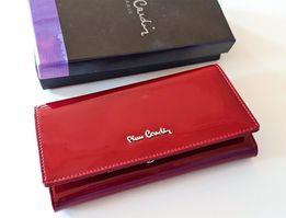 5e556556c4c6d Portfel damski Pierre Cardin lakierowany skórzany czerwony w pudełku