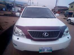 My super clean lexus rx 330 model 04 full option toks urgently for sal