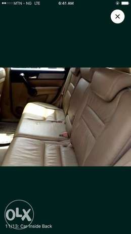 Honda CR-V 2010 in 100% perfect condition. Sharp and full option. Ikeja - image 2