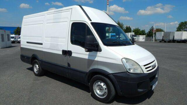 Iveco DAILY 35S14GV / L2H2 / CNG - 2009
