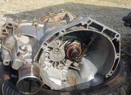 ford escort Gearbox 1.4 manual gearbox R2000