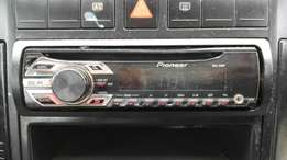 pioneer cd player with aux