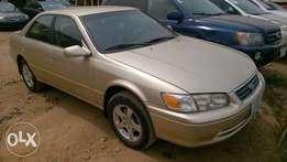 Very Clean Registered Toyota Camry drop light 01