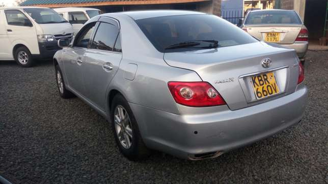 Quick sale Toyota mark x in a very good condition Muthini Estate - image 4