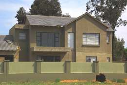 4 Bedroom Townhouse in Vaalpark