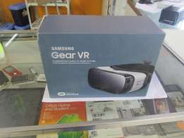 Samsung Gear VR In Box In Mint Condition