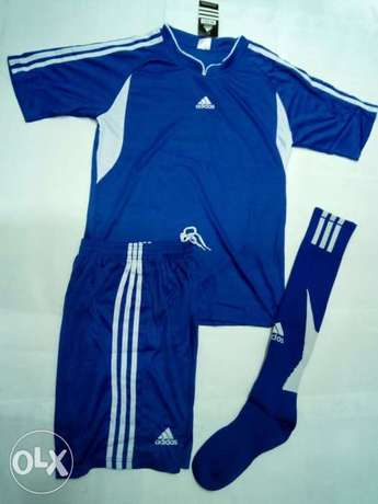 adidas football uniforms (jersey+shorts+socks) Nairobi CBD - image 2