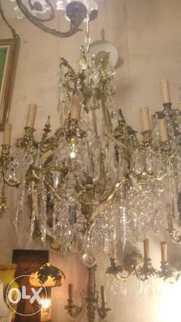 ترية كرستال ورق عريش برونز اصلي منيز يوجد منهااثنان chandelier crystal