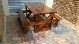 Pine table and brnches
