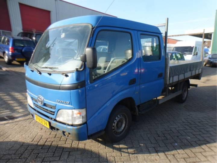 Toyota Dyna 100 - 2010