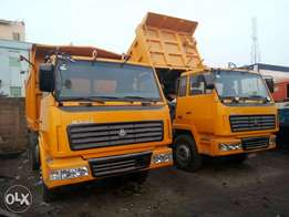 trucks for hirer