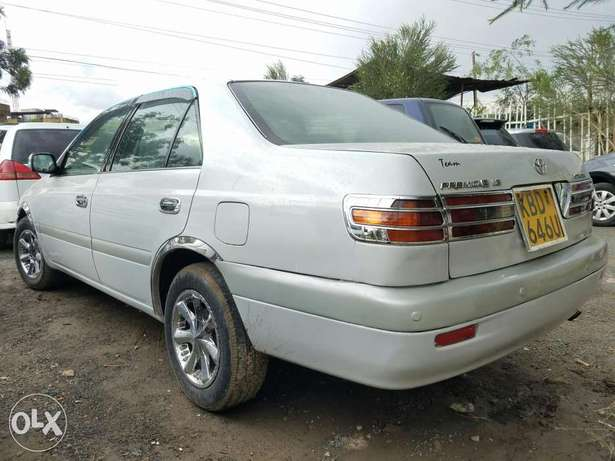Toyota Premio Nyoka,super clean. Buy and drive Embakasi - image 4