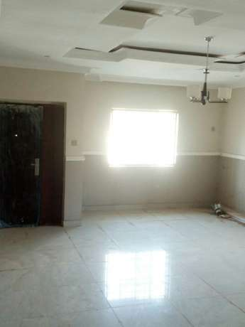 A decent and z4bedroom duplex for rent near Sunnyvale Dakwo - image 3