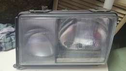 Mercedes W 124 head light