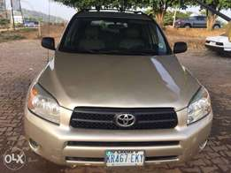 Very clean Toyota Rav4 in a very good condition
