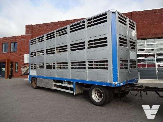 Jumbo 3 Stock Livestock - 1994