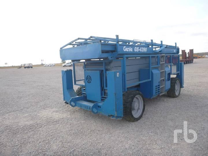 Genie GS4390 4x4 - 2005
