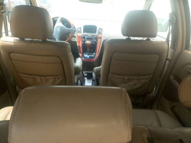Extremely Neat Lexus Rx300 Agege - image 6