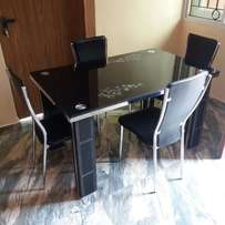 094 dining table by 4 black with chairs