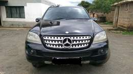 Mercedes Benz ML 350 Very clean!!Trade in accepted!!