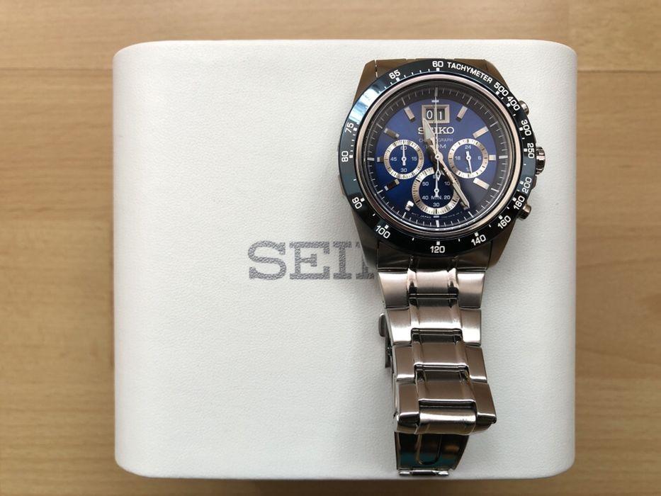 Купить часы за 300 грн б/у