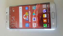 Samsung Galaxy s6 edge with accessories