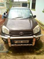 Toyota rav4 with good engine manual transmission gearbox he interrior