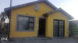 3 bedroom house for Rent in Makhaza