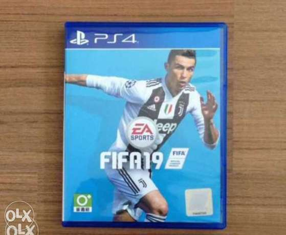 Ps4 cd fifa 19 in good condition no scratches