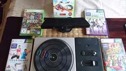 X Box Bargain ! Kinect sensor and DJ Hero and 5 games ! One lot !
