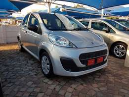 2015 Peugeot 107 1.0 urban,like new,very low kilos only 26000 kms