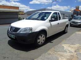 2015 model nissan np200 1.6i,white,54 000km,for sale