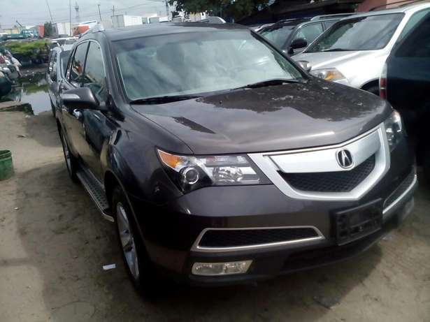 Acura MDX available in show room Apapa - image 4