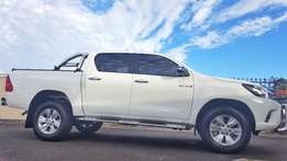 2016 Toyota Hilux Double Cab 4x2 Manual
