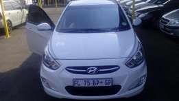 2016 hyundai accent 1.6 hatch white