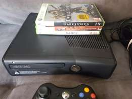 Xbox 360 matt 250gb + 3 games