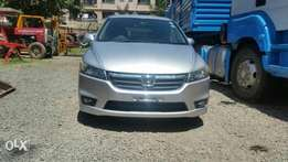 Buy an extremely clean Honda stream silver colour RSZ fully loaded,1.8