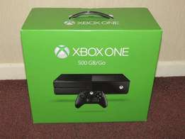 originl new Xbox One 500gb With 2 controllers and games