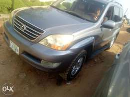 Super clean Lexus GX 470 05 Model used urgently for sale