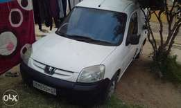 selling ma peugeot,papers in order.sold as is only destroyed camshaft