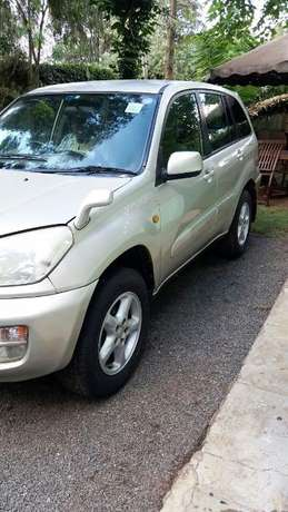 Clean Toyota RAV4 for Sale !!! Very well maintained. 4*4 Karen - image 5