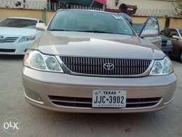 2003 Toyota Avalon XLS toks Full option.