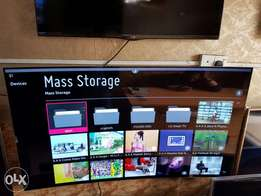 55inches Oled curved LG TV. Model number is 55EG9600