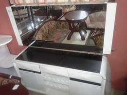 Dressing mirror with big drawer