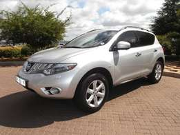 2010 Silver Nissan Murano V6 3.5 Automatic Excellent Condition
